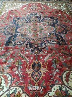 10 x 13 or 10.2 x 12.6 Vintage Persian Heriz Rug Serapi Persian Rug Antique