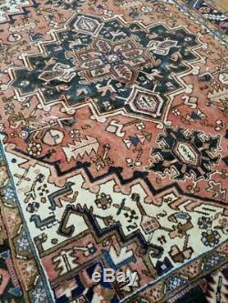 5.6 x 7.4 Vintage Top Quality Persian Heriz Rug Serapi Antique Geometric Design