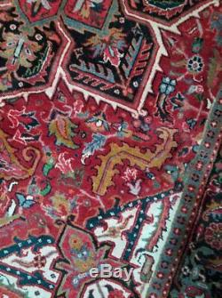 7 x 10 or 6.9 x 10.2 Vintage Persian Heriz Rug Antique Turkish Serapi