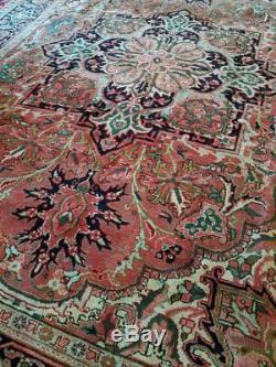 8 x 11 or 7.9 x 10.7 Vintage Finest Persian Heriz Rug Serapi Antique