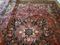 9 x 12 or 8.6 x 11.6 Vintage Persian Heriz Rug Serapi Antique