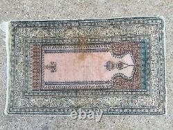 Antique Turkish Silk Rug shabby, country home 128x79cm Tribal Boho vintage old