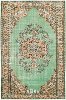 Hand-knotted Turkish 6'1 x 9'6 Melis Vintage Wool Rug. DISCOUNTED