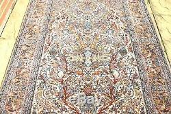 Persian Isfahann Esfahann silk and wool handmade hand knotted rug 240 x 160 cm