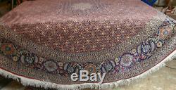 Vintage Chinese / Persian Handmade Wool & Silk Round 8 x 8 Mahi Rug